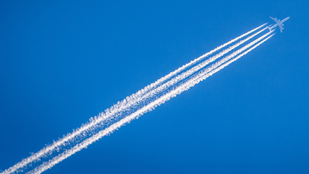 A new iron-based catalyst converts carbon dioxide into jet fuel